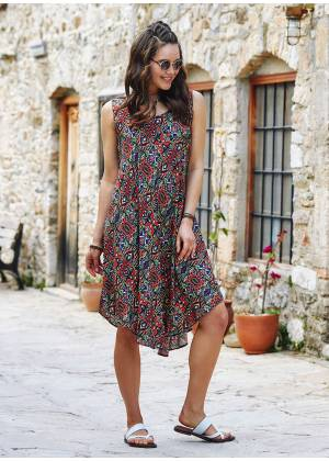 Red Patterned Scoop Neck Round Hem Sleeveless Dress