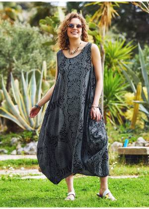 Gray Patterned Scoop Neck Loose Fit Side Pockets Maxi Dress